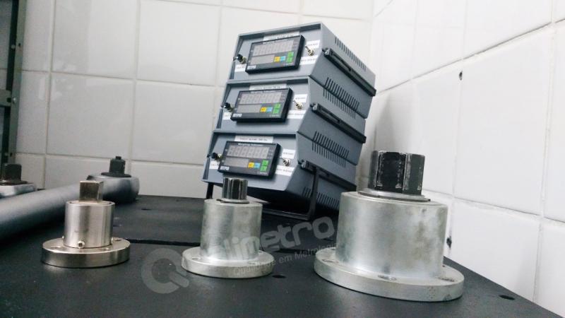 Calibração de torquímetro